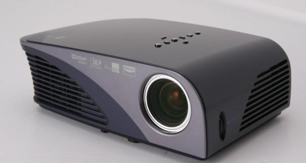 LG HS200