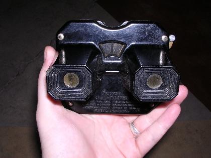 El Viewmaster a mediados del siglo pasado fue empleado por el ejército americano