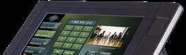 Todas las funciones de las salas de conferencias en el nuevo panel AMX MVP-9000i