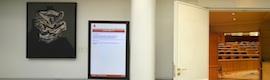 Carterlería digital con Spinetix HMP 100 en el Senado español