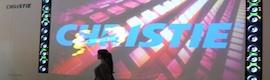 Christie en ISE con señalización dinámica, proyección 3D y salas de control
