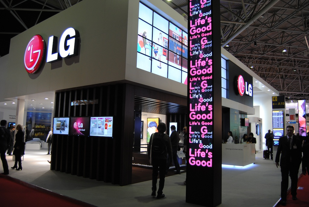 Lg Earpro And Close A Distribution Agreement For B2b And Digital