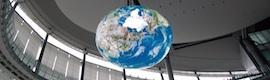 Mitsubishi impresiona con su esfera OLED gigante Geo Cosmos