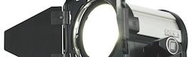 Sola 4 de Litepanels: luz Fresnel en LED, controlable por DMX