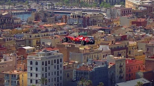 Media sports marketing hace volar un monoplaza ferrari for Banco santander sucursales barcelona