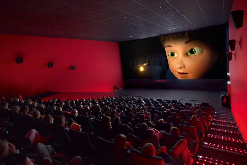 Cinemate app a boat launches application to control your - Fotos de salas de cine ...