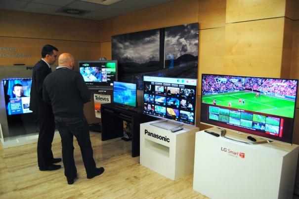 Tv híbrida conectada con estándar HbbTv