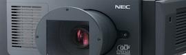 NEC anuncia su primer proyector láser compacto para pantallas de cine