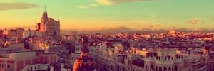 'Madrid se viste de luz': la mirada de Alberto Triano de la navidad madrileña en time lapse