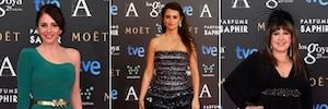 Las estrellas del cine español deslumbran en diseño y glamour en la alfombra fucsia de los Premios Goya