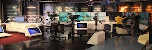 Mediaset España y Grupo Godó establecen una alianza estratégica para la gestión de 8 TV