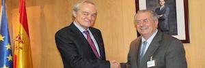 Acuerdo de colaboración entre AMETIC y APTE