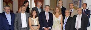 Íñigo Méndez de Vigo se reúne con representantes del cine y el audiovisual