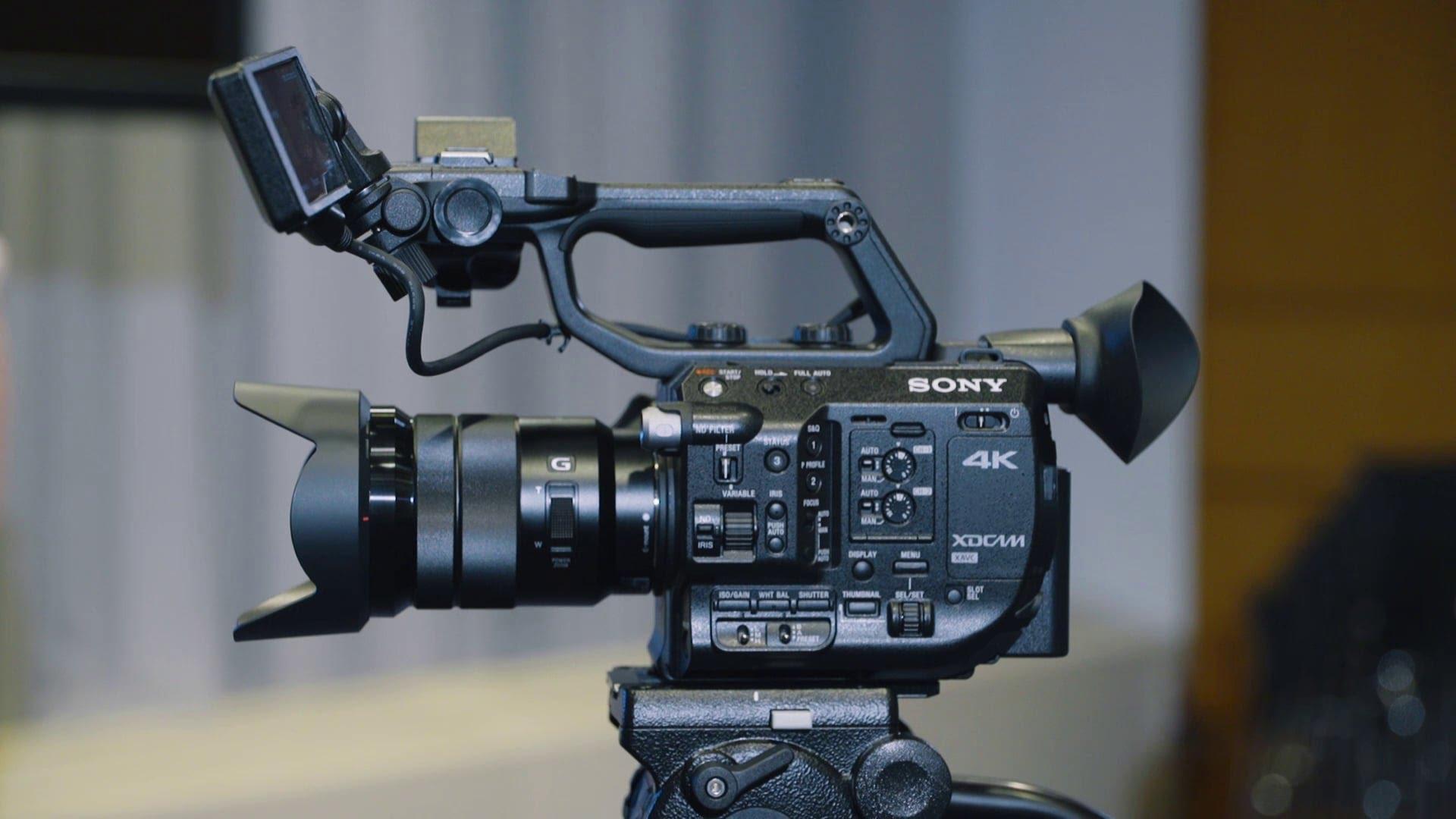 PXW-FS5: la nueva cámara profesional compacta 4K Super 35 de Sony