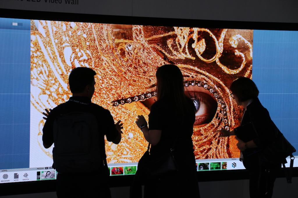 Leyard y Planar exhiben en NAB su primer videowall LED táctil