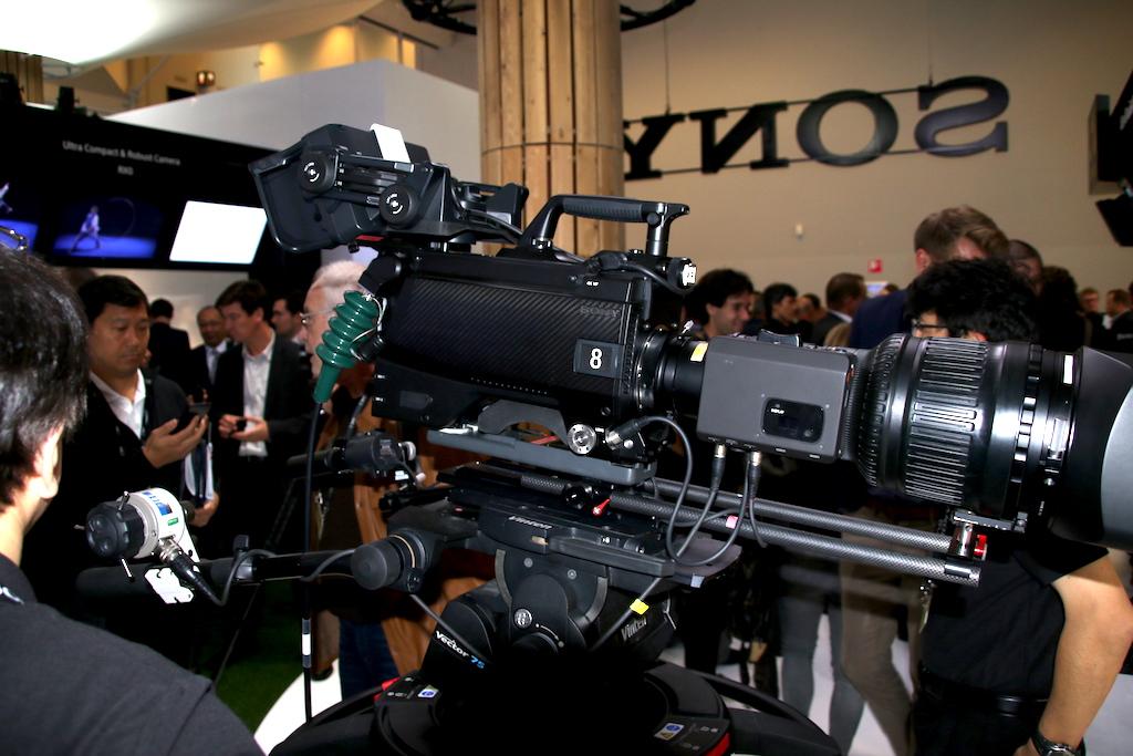 Sony Entra En La Captaci 243 N En 8k Con La Nueva Uhc 8300 Y