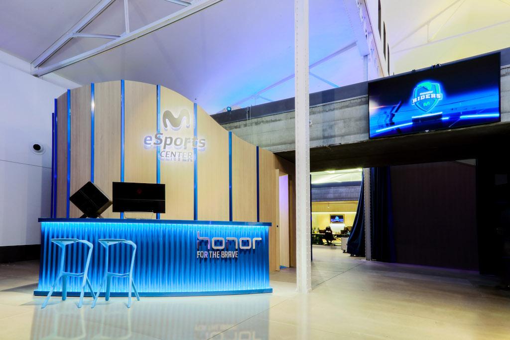 Le centre d esports movistar ouvre ses portes afin de for Connaitre ses heures creuses