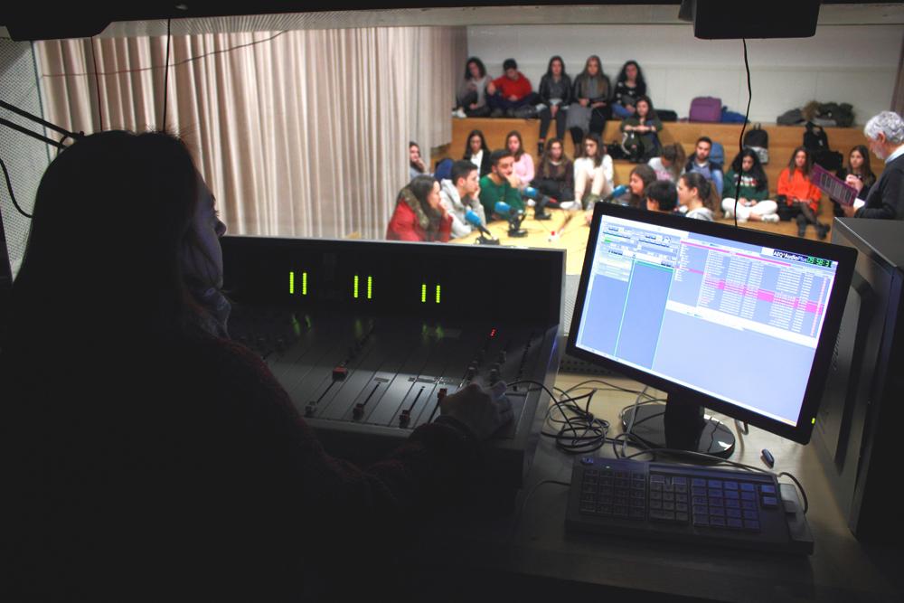 La universidad de santiago de compostela actualiza sus - Estudios santiago de compostela ...