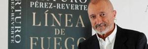 Boomerang TV adaptará 'Línea de fuego' de Arturo Pérez-Reverte